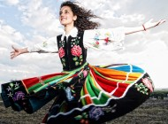 Za fasadą folkloru – akcja fotograficzna