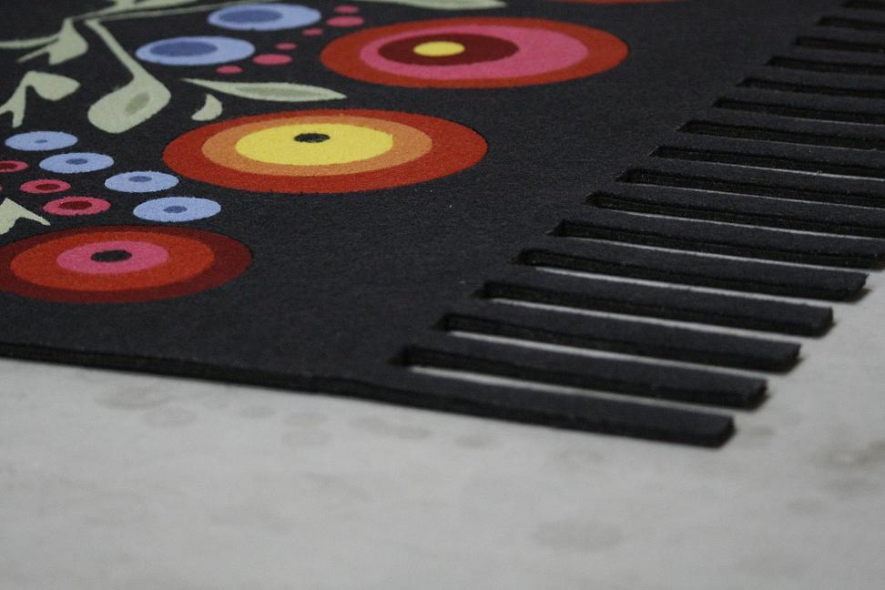 Etnodizajn - folkowy dywan