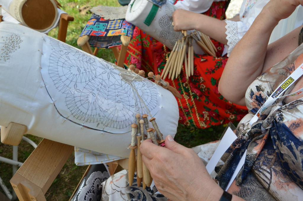 Etnomania 2014 - koronka klockowa