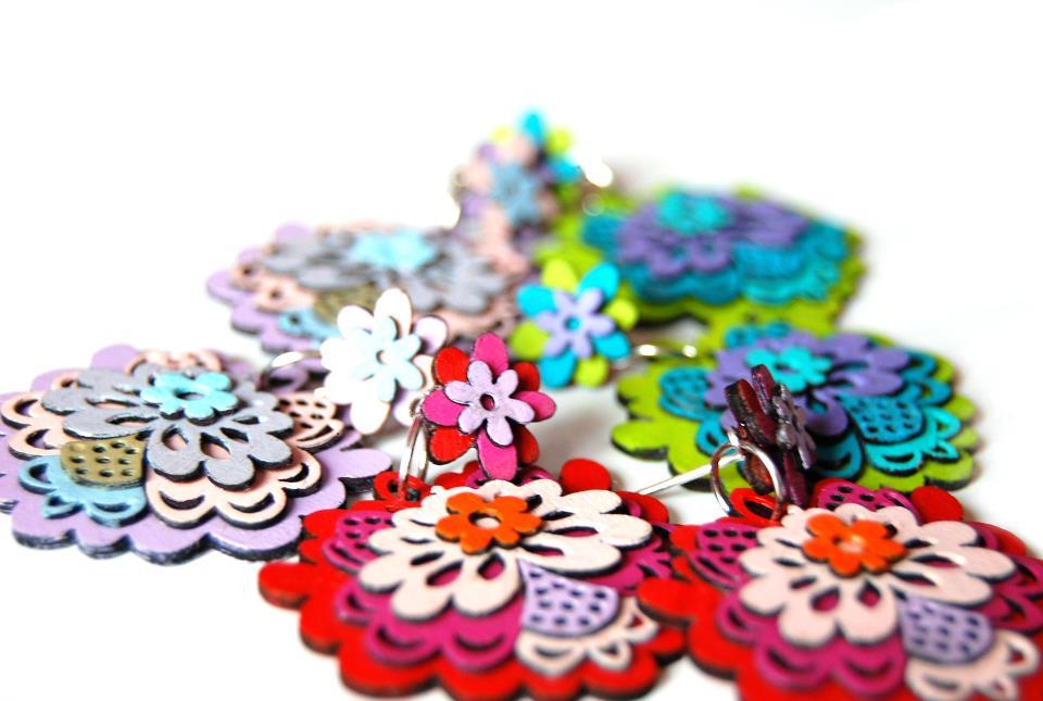 Barwna biżuteria folklorystyczna Sfumato