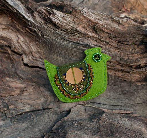 Ooliku - broszka ptaszek