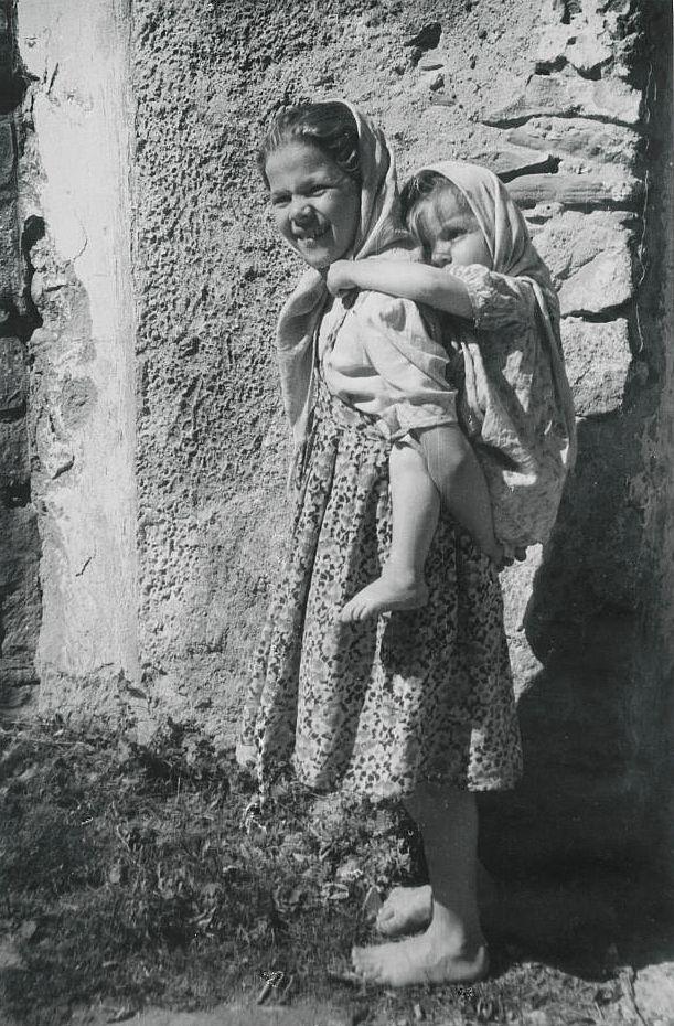 Dziewczynki góralskie fot J. Młodziejowski