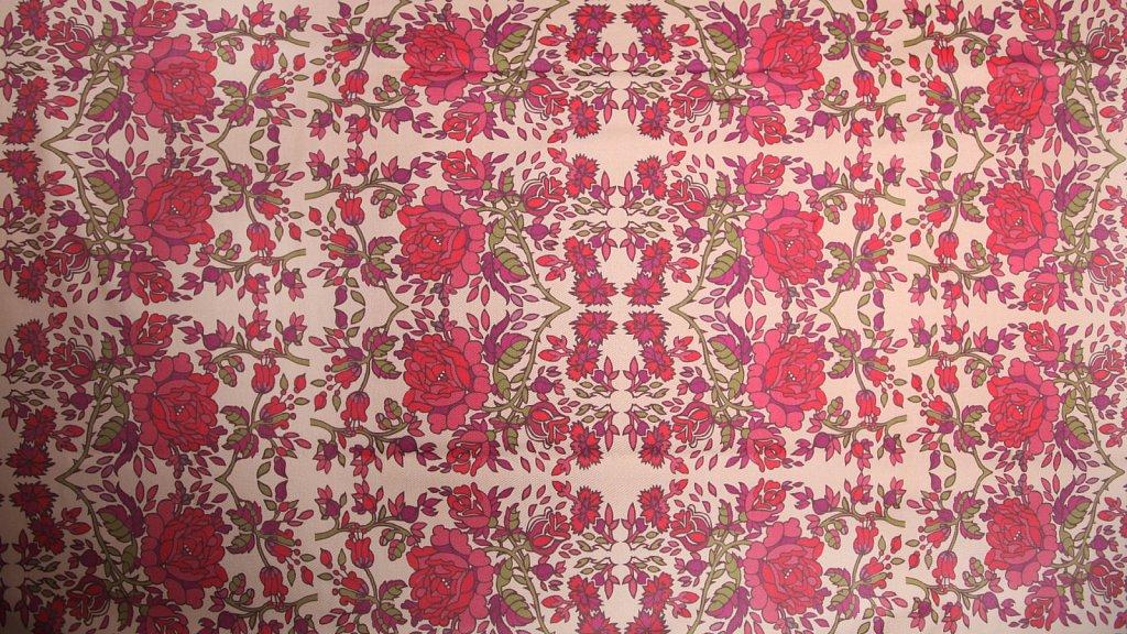 Projekt Dolnośląski - tkanina w ludowe róże