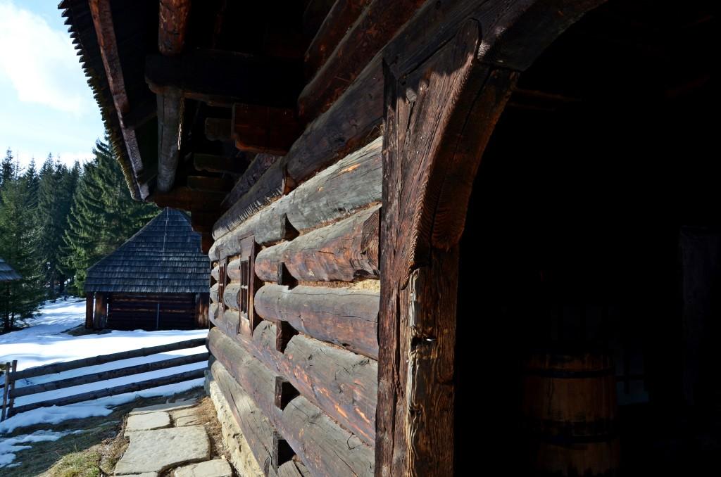 Muzeum Wsi Orawskiej w Zubercu, drewniana chałupa  (fot. M. Armata)