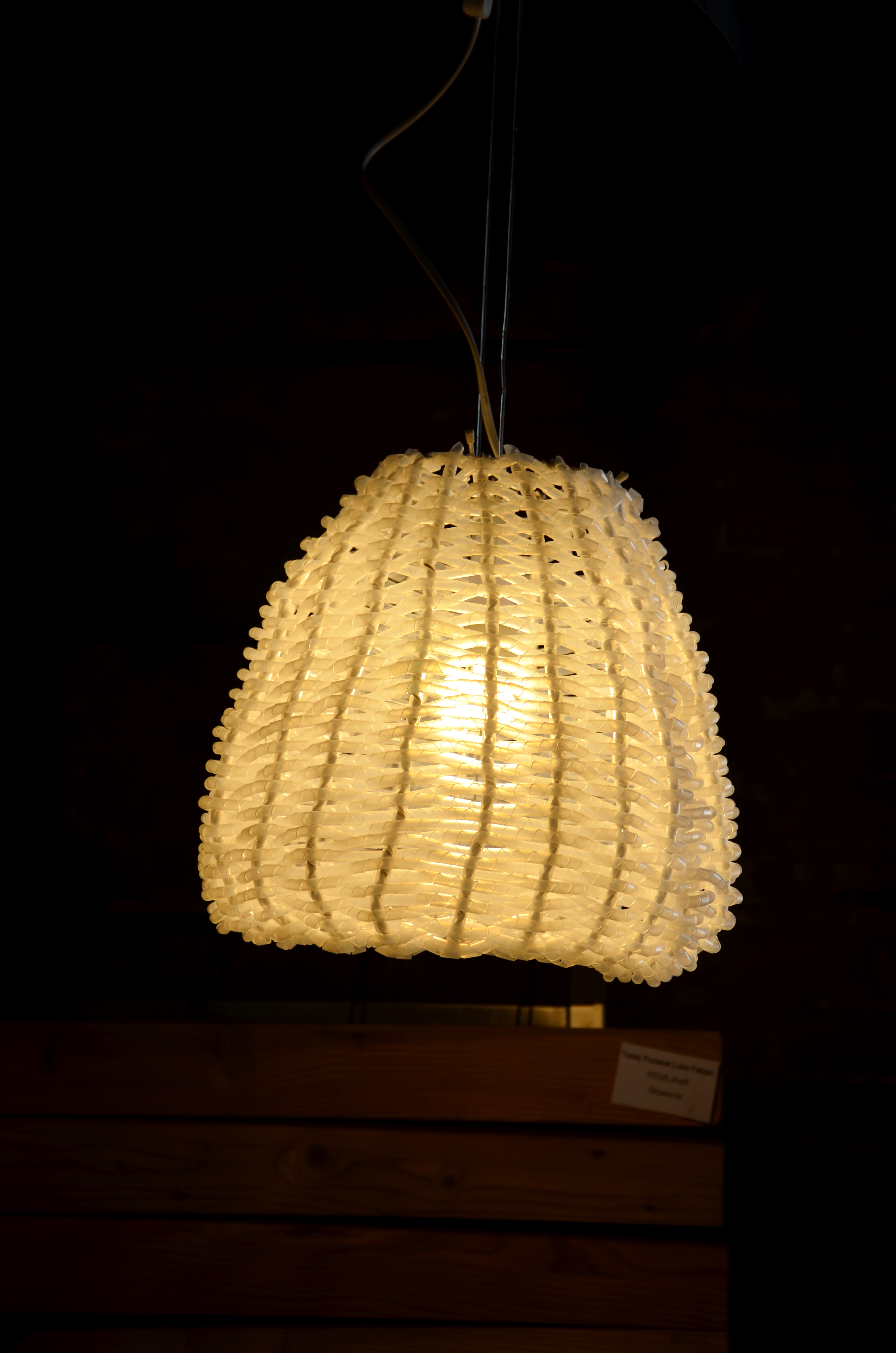 Plastique royale lamp, Tamina Ioana Puica (fot. M. Armata)