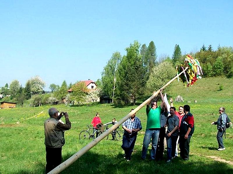 Stawianie moja, fot. www.potrawyregionalne.pl/243,1033,STAWIANIE_MOJA_.htm