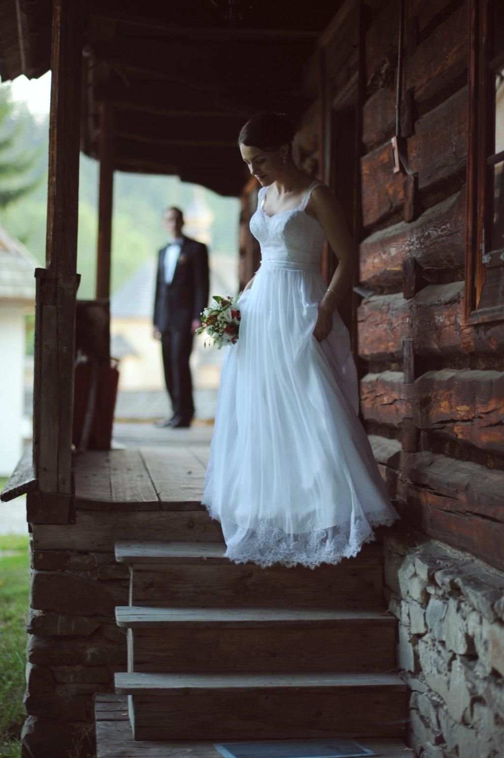 Sesja ślubna w skansenie w Zubrzycy Górnej